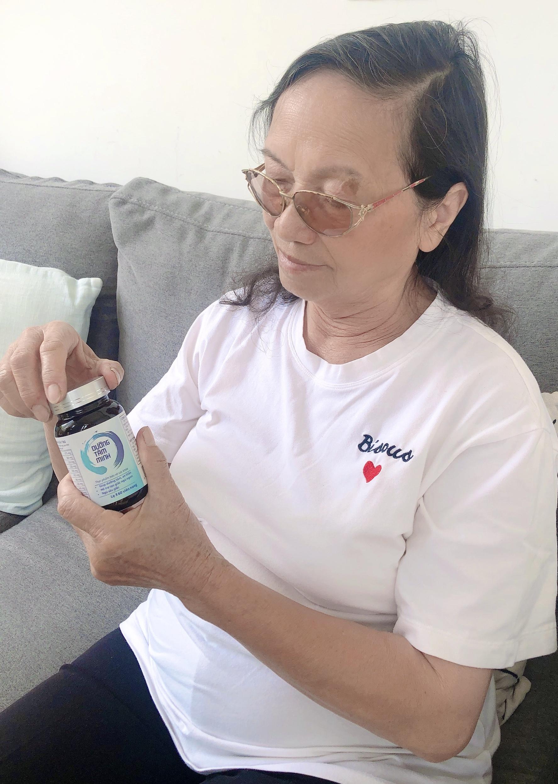 Bác gái 70 tuổi sống tại TPHCM vẫn ngủ 6 tiếng mỗi đêm nhờ bí quyết này
