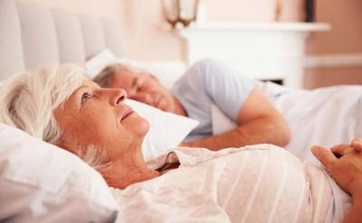Bệnh mất ngủ ở người cao tuổi: Không thể coi thường!