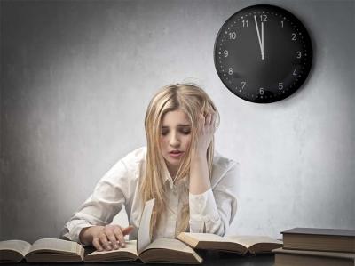 Mất ngủ ở tuổi thanh niên: Tiềm ần những nguy hiểm khó lường